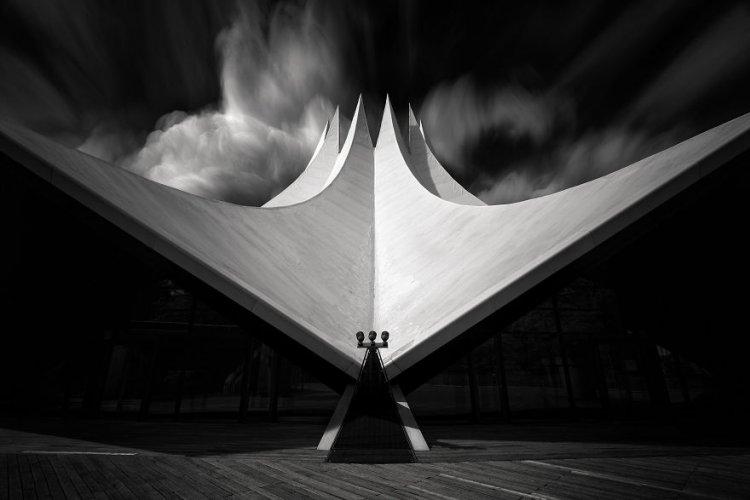 10 удивительных фото архитектуры от фотографа Тобиаса Гавриша