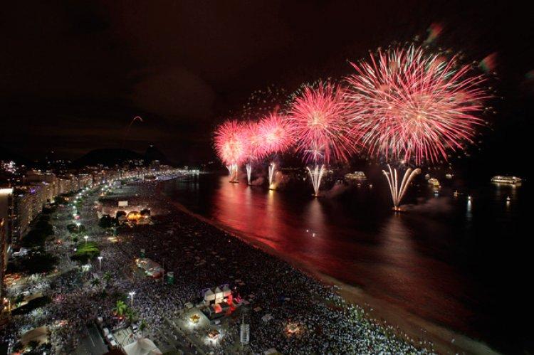 В каком городе можно встретить незабываемо Новый Год?