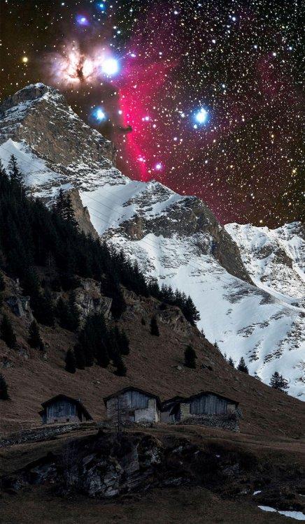 Захватывающие фото Галактики Андромеды в горах Швейцарии
