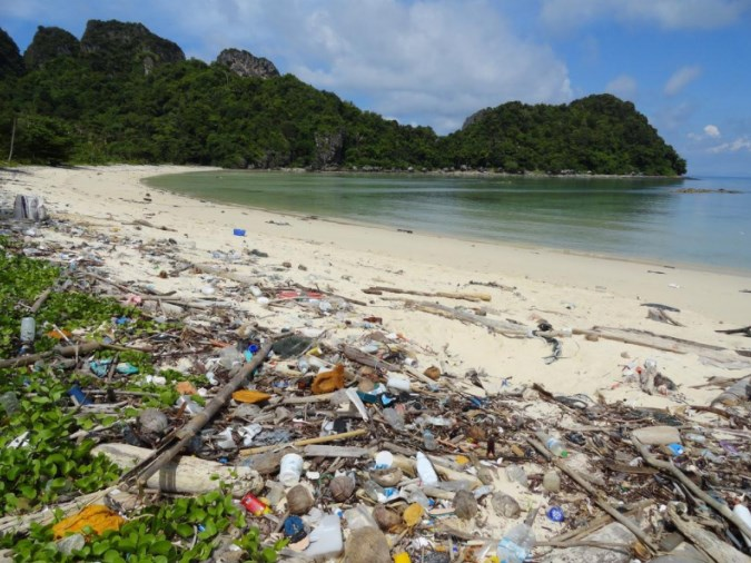 Остров Хендерсон – свалка Тихого океана
