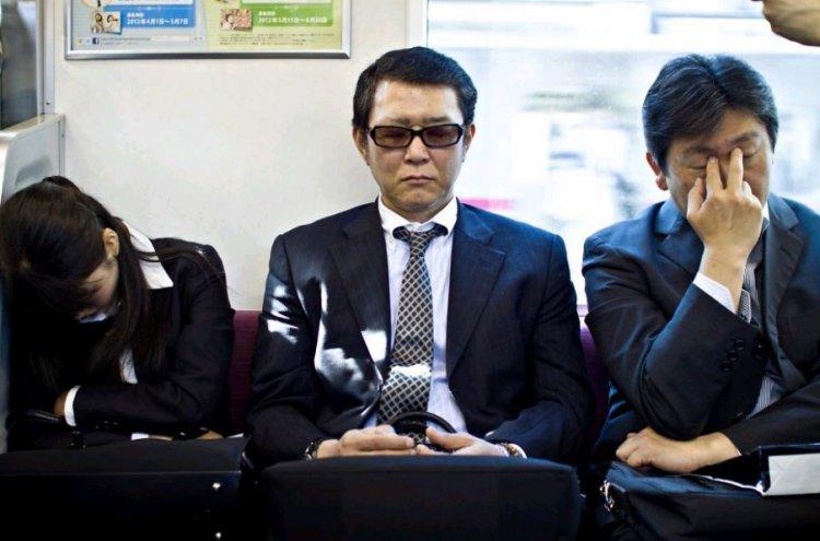 Adeptus mechanicus или как живет среднестатистический трудоголик в Японии