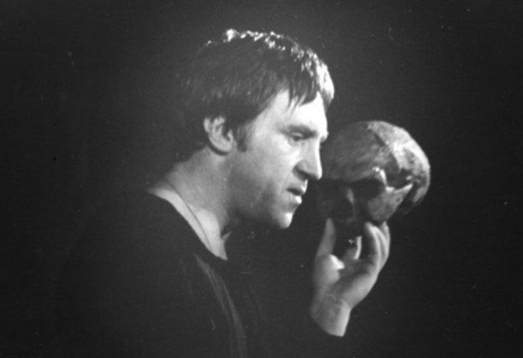 Жизнь и деятельность Владимира Высоцкого