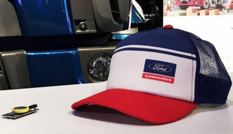 SafeCap — кепка следит за усталостью водителя 3