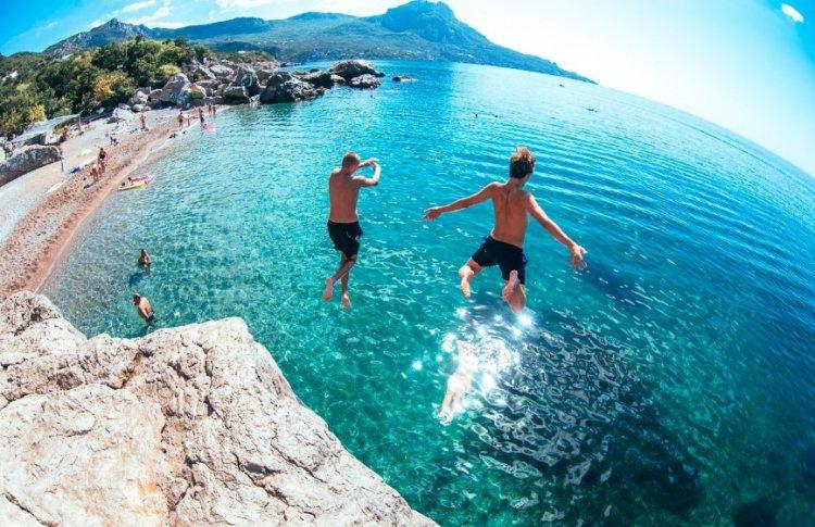 Билеты на отпуск – как организовать летний отдых в Украине?